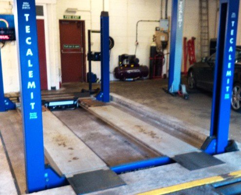 Lionheart Garage Vehicle Lift
